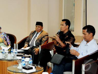 """Sebuah diskusi bertajuk """"Perppu Pilkada Buat Siapa ?"""" digelar di Gedung DPD RI Jakarta, Rabu (15/10/2014) (Liputan6.com/Andrian M Tunay)"""