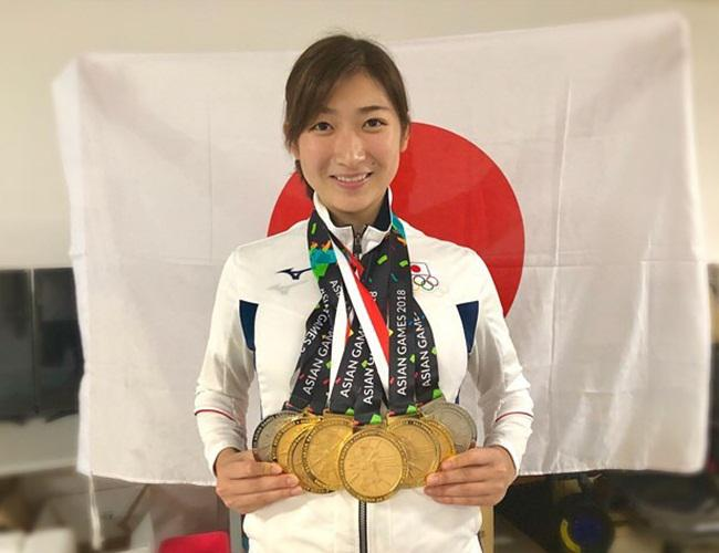 Rikako Ikee dengan semua medali yang ia bawa pulang ke Jepang/copyright instagram.com/ikee.rikako