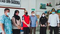 Tim Intelejen Kejati Sulbar saat menjemput Herianto DPO kasus narkoba Kejari Mamasa selama 4 tahun (Foto: Liputan6.com/Istimewa)