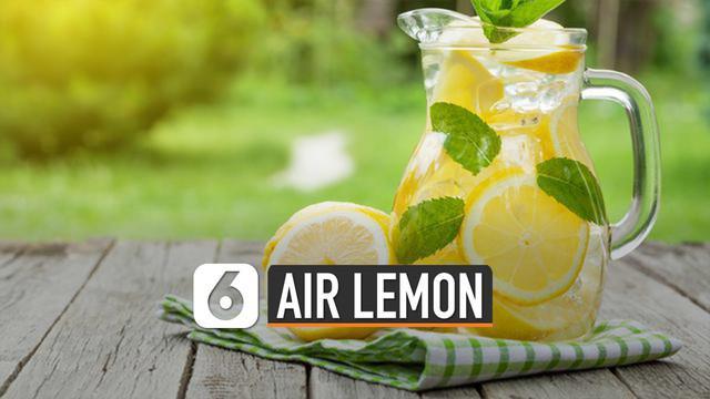 Buah lemon ternyata memiliki banyak khasiat. Salah satunya adalah airnya yang bermanfaat bagi kesehatan tubuh.