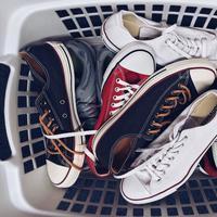 Ilustrasi Tumpukan Sepatu Credit: pexels.com/pixabay