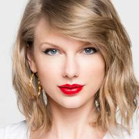 Taylor Swift (via tv.mtvema.com)