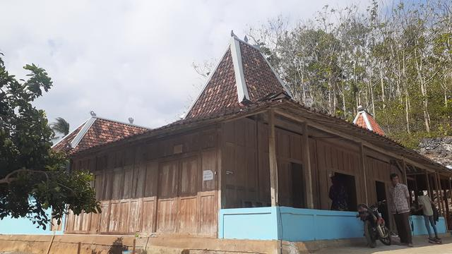 Biaya Jasa Bangun Rumah Joglo & Kayu Modern di Mataram, Nusa Tenggara Barat Terlaris