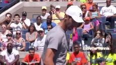 Tarian Novak Djokovic di acara Arthur Ashe Kids' Day membuat penonton histeris sehari sebelum pertandingan di AS Terbuka 2015 dimulai.