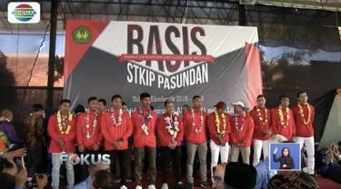 15 atlet Asian Games asal Jawa Barat disambut oleh mahasiswa dan dosen di STKIP Pasundan Cimahi.