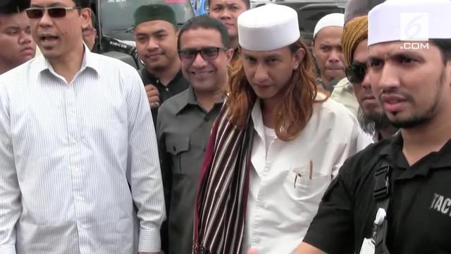 Penyidik Direktorat Reserse Kriminal Umum Polda Jabar menjadwalkan pemeriksaan terhadap Bahar bin Smith. Bahar dilaporkan atas dugaan penganiayaan dua orang, salah satunya anak di bawah umur.