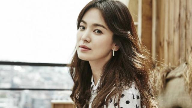 [Bintang] Selain Kecantikan Alami, Ini 8 Fakta Unik dari Song Hye Kyo