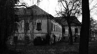 Ilustrasi rumah tua yang angker. (Sumber Pixel)
