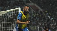 Pemain PSIS Semarang, Arthur Bonai. (Bola.com/Vincentius Atmaja)