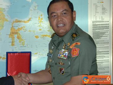 Citizen6, Cilangkap: Kunjungan siswa NDCP bertujuan untuk mengenal lebih dekat TNI, dengan saling berinteraksi dan berdiskusi dengan para pejabat di lingkungan TNI. (Pengirim: Badarudin Bakri)