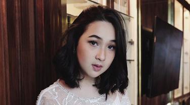 Selain Agatha Pricilla Rambut Sebahu Para Artis Ini Kece Banget Beauty Fimela Com