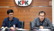 Wakil Ketua KPK Laode M Syarief dan Saut Situmorang memberi keterangan pers terkait OTT Kalapas Sukamiskin di Gedung KPK, Jakarta, Sabtu (21/7). KPK menetapkan Kalapas Wahid Husein sebagai tersangka. (Liputan6.com/HO/Udin)