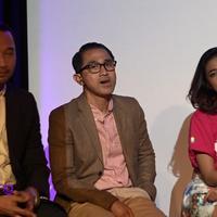 Akhir-akhir ini nama Lukman Sardi seringkali hadir di balik layar perfilman Indonesia. Produser film '3 Dara' itu, menekankan esensi dalam sebuah film.