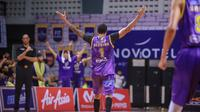 BTN CLS Knights Indonesia menang 84-59 atas Saigon Heat pada laga pertama playoffs Asean Basketball League (ABL) 2018-2019, di GOR Kertajaya, Sabtu (30/3/2019).