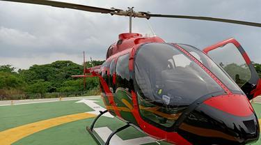 Liburan Mewah, Terbang Berasa Naik Helikopter Pribadi