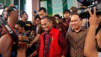 Pemeriksaan terhadap Dahlan Iskan dihentikan setelah berjalan 3,5 jam karena kondisi kesehatannya menurun. (Liputan6.com/Dian Kurniawan)