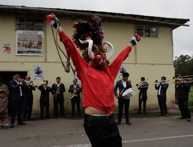 Festival  La Diablada di Ekuador