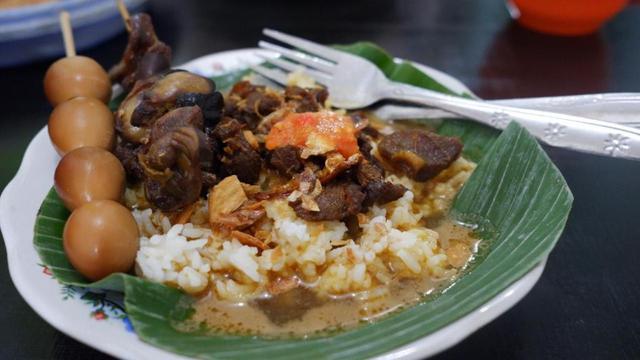 Nasi Gandul khas Pati.