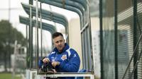 Pelatih Timnas Hong Kong, Gary White, saat masih jadi pelatih Shanghai Shenxin pada 2016. (AFP/Johannes Eisele)