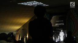 Penampakan hologram dalam rangka Monas Week 2019 terpampang di Auditorium Monumen Nasional (Monas), Jakarta, Senin (22/7/2019). Acara ini merupakan pameran teknologi fotografi yang merekam cahaya tersebar dari suatu objek dan kemudian disajikan dalam bentuk 3 dimensi. (Liputan6.com/JohanTallo)