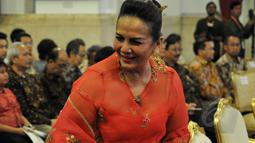 Aktris senior Christine Hakim saat menghadiri peringatan Hari Film Nasional ke-65 di Istana Negara, Jakarta, Senin (30/3/2015). (Liputan6.com/Faizal Fanani)