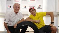 Rossi merasa khawatir tidak lagi menggunakan ban Bridgestone.