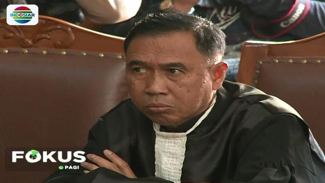 Aman Abdurrahman melancarkan serangan teror, menurut jaksa karena ia tidak mau tunduk dengan peraturan negara yang dianggap buatan manusia.