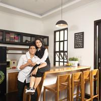 Sebelum menikah dengan Ardan Naff, Tantri Kotak sempat menjalin asmara dengan Richie Five Minutes. Akan tetapi jalinan asamara itu tak berlangsung lama. (Foto: instagram.com/tantrisyalindri)