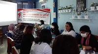 Puluhan organisasi yang tergabung dalam Gerakan Perempuan Sulut (GPS) meluncurkan petisi mendesak James Arthur dipecat dari anggota DPRD Sulut.