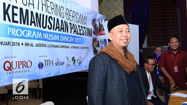 Tidak hanya berdua sang anak, Ghaniya D'Salma Firdaus , ada juga Melly Goeslaw yang turut andil ke Palestina bersama dengan Opick dan anggota Duta Kemanusiaan Indonesia lainnya. (Deki Prayoga/Bintang.com)