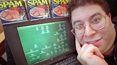 Kirim 27 Juta Pesan Sampah ke Facebook, Pria Ini Diciduk Polisi