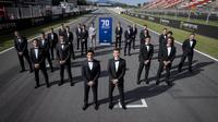 Pembalap MotoGP tampil elegan untuk merayakan ulang tahun ke-70 kejuaraan dunia balap motor. (Dok MotoGP)