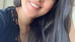 Sering tampil memukau dengan makeup tebal ketika di depan layar kaca, mantan istri David NOAH ini tak segan memperlihatkan wajah polos tanpa riasan sama sekali. Sudah memasuki usia kepala tiga, Gracia dipuji cantik alami tanpa makeup.(Liputan6.com/IG/@Gracia Indri)