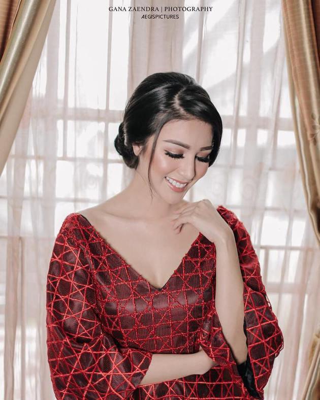 Ariska Putri Pertiwi merupakan mahasiswa kedokteran di Universitas Islam Sumatera Utara. Menurut informasi terbaru ia sedang berusaha untuk mengejar yudisium. Semangat terus Ariska!/Copyright instagram.com/ariskaputripertiwii