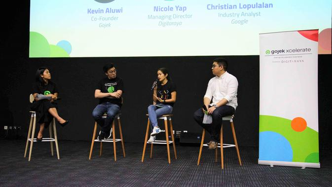 Co-Founder di Gojek, Kevin Aluwi, Managing Director di Digitaraya, Nicole Yap, dan Christian Lopulalan, Industry Analyst di Google
