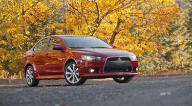Buat Lancer, Mitsubishi Kolaborasi Dengan Nissan?