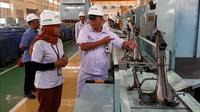 Melihat langsung proses perakitan Honda Genio di pabrik PT Astra Honda Motor di Cikarang, Jawa Barat. (Dian / Liputan6.com)