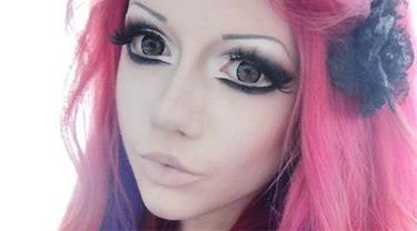 Tips Makeup Untuk Membuat Wajah Cantik Ala Boneka Beauty Fimela Com