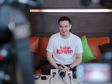 Salah satu bintang film Takut Kawin Herjunot Ali mengungkapkan rasa senang setelah filmnya resmi dirilis. Film terbaru Takut Kawin rencananya akan tayang pada 8 Maret mendatang. (Adrian Putra/Bintang.com)