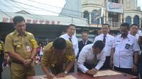 Pemprov Sulut menandatangani MoU Anti-Narkoba dengan BNN di Tomohon, Sulut. (Liputan6.com/Yoseph Ikanubun)