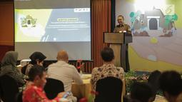Sayid Muhadhar (Sesditjen PSLB3) memberikan paparan terkait membatasi penggunaan merkuri di Indonesia dalam pembukaan proyek peluncuran inisiatif pembatasan penggunaan merkuri di Indonesia di Jakarta, Selasa (26/3). (Liputan6.com/Faizal Fanani)