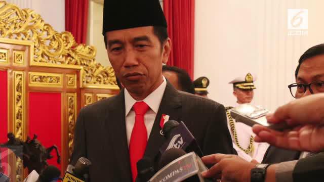 Presiden Joko Widodo (Jokowi) meminta agar seluruh pihak menghormati hasil persidangan yang telah diputuskan Majelis Hakim.