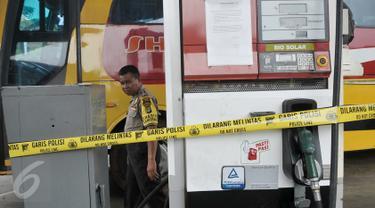 20161114-Mesin Pompa SPBU Juanda Ditutup Polisi-Depok