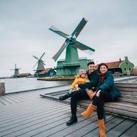 Glenn Alinskie dan Chelsea Olivia di Belanda (Dok.Instagram/@glennalinskie/https://www.instagram.com/p/BsvwfB-nCgJ/Komarudin)