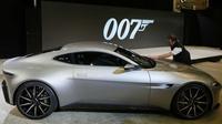 Tiga mobil baru di film Spectre siap dipamerkan. Tiketnya Rp 300 ribu lebih.