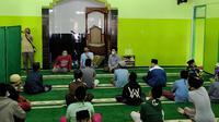 Sosialisasi dan edukasi mencegah penyebaran Corona Covid-19 di Ponpes Sabilurrusyad, Gasek, Kota Malang agar tetap mematuhi protokol kesehatan
