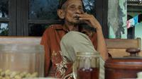 Rubidi Mangun Sudarmo, bekas Wakil Komandan Pasukan Pembersihan PKI di Cilacap barat. (Foto: Liputan6.com/Muhamad Ridlo)