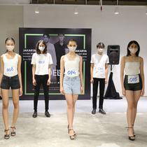 Para pemenang JFW Model Search Jakarta. (dok, Jakarta Fashion Week)