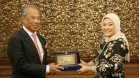 Menteri Dalam Negeri Kerajaan Malaysia, Tan Sri Dato' Hj. Muhyiddin bin Hj. Mohd. Yassin, di Kantor Kemnaker, Jakarta, Selasa (10/12).