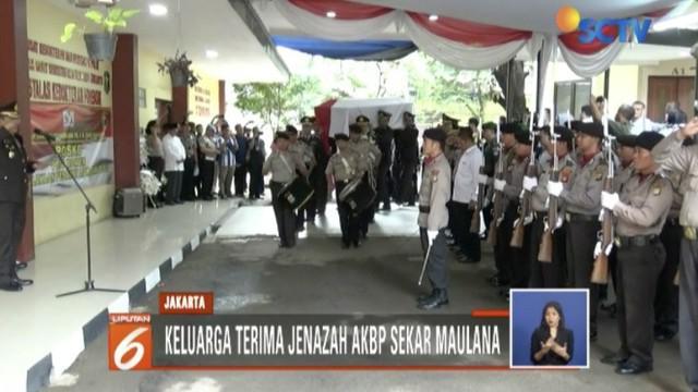 Keluarga dan kerabat merasa kehilangan atas AKBP Sekar Maulana Hidayatullah yang menjabat sebagai Itwasda Polda Bangka Belitung.